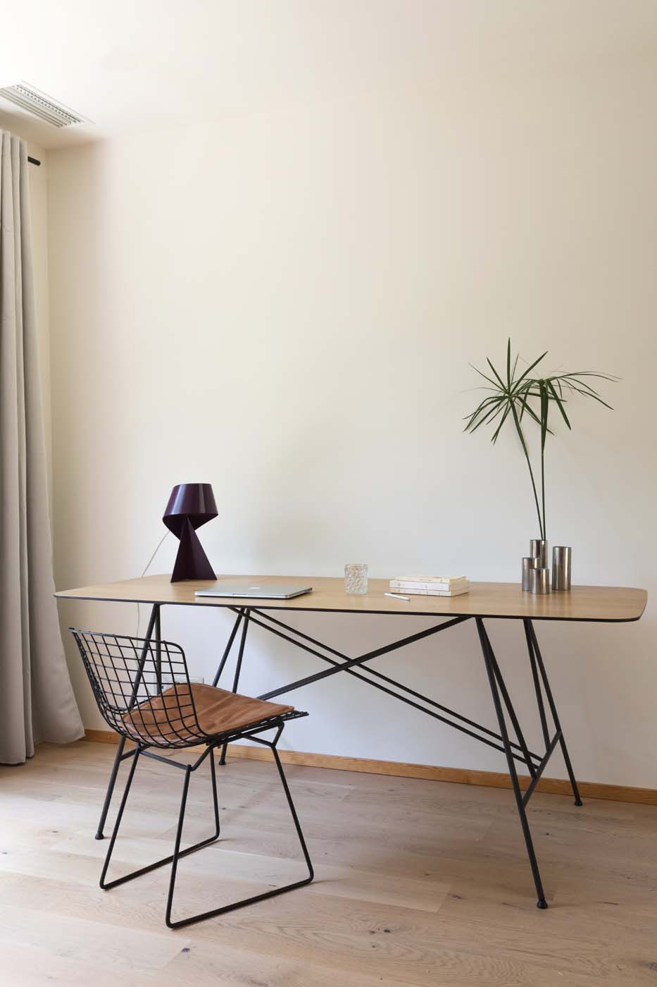 Gustave architect desk